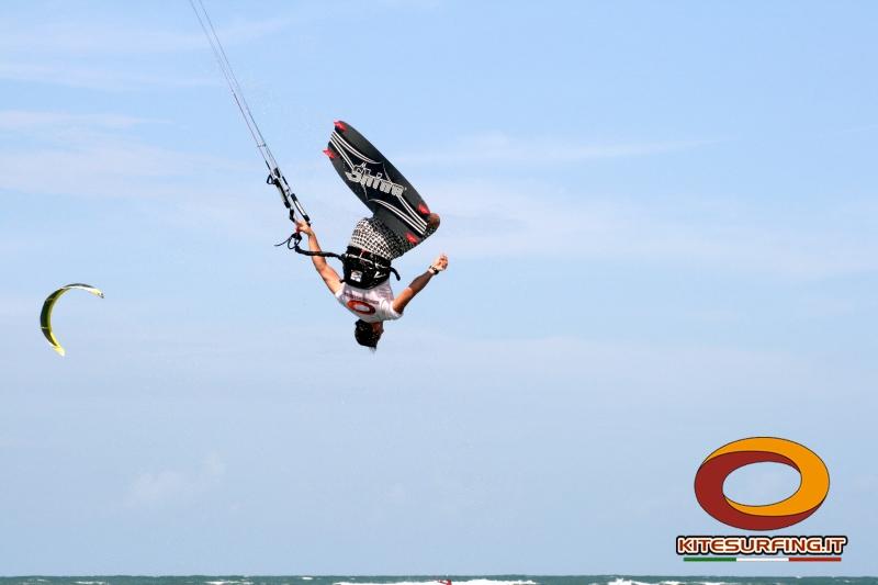 corsi kitesurf latina